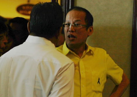 Youth groups tag Aquino as 'tuition hike king'
