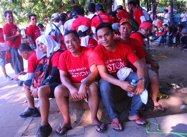 Workers of the Pambato Cargo Forwarders Company join the Labor Day rally. (Photo by Ronalyn V. Olea/ bulatlat.com)