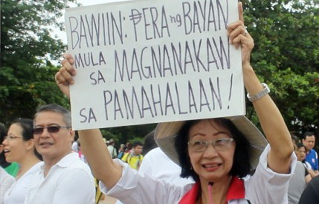 Groups laud SC ruling striking down PDAF, call for abolition of 'presidential pork'