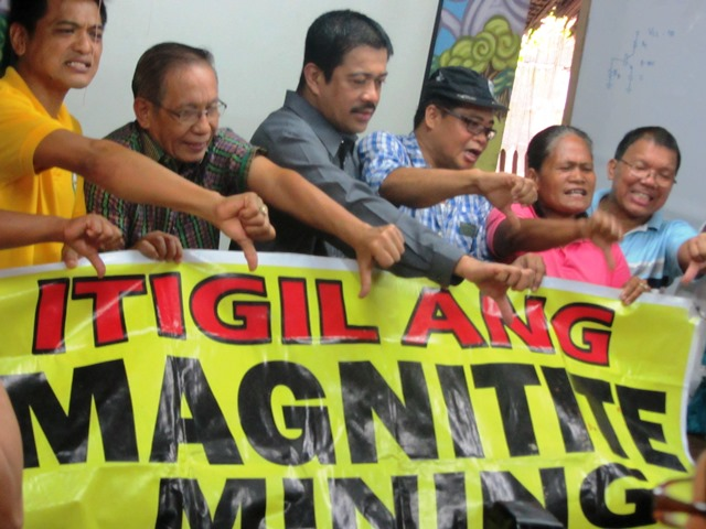 Community leaders from Cagayan join Bayan Muna Rep. Carlos Zarate and leaders of other national organizations in urging government to put an end to magnetite mining (Photo by M. Salamat / )