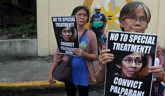 Mothers of disappeared students slam Palparan's continuing detention in military camp