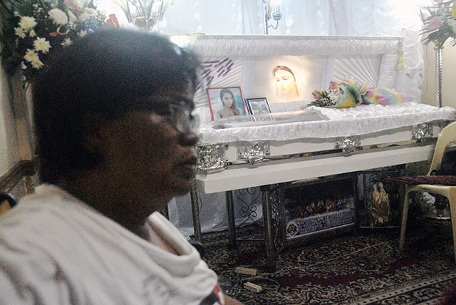 Jennifer Laude's mother, Julita Cabillan, calls for justice. (Photo by Macky Macaspac of Pinoy Weekly)