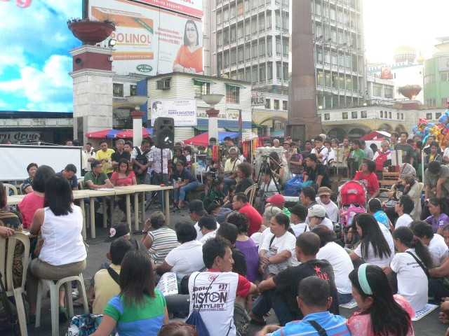 "The open, public ""People's Hearing"" at the Plaza Miranda in Quiapo. (Photo by D. Ayroso)"