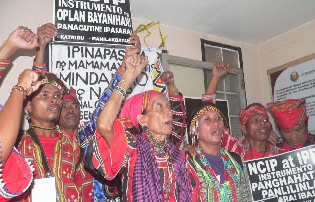 Lumád protesters 'shut down' NCIP