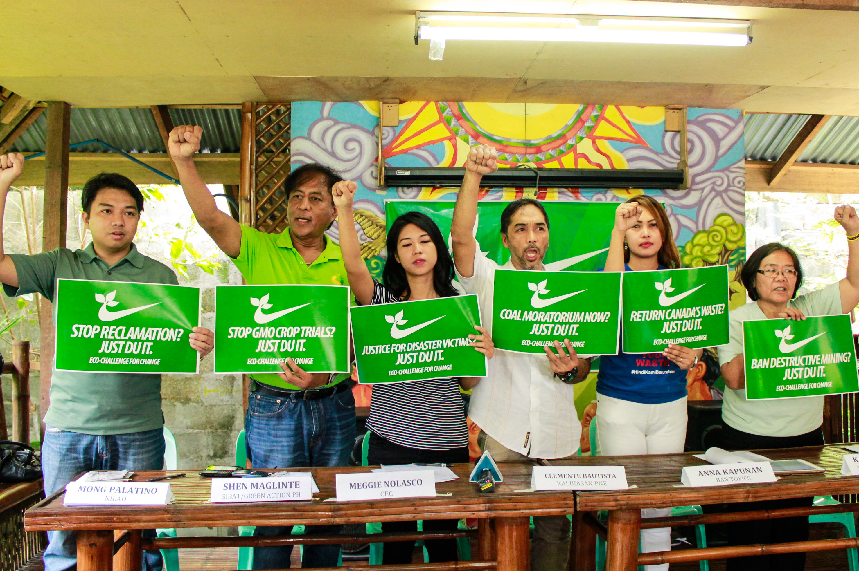 L to R: Mong Palatino of Bayan-NCR/Nilad, Shen Maglinte of Sibat/Green Action Ph, Meggie Nolasco of CEC, Clemente Bautista of Kalikasan-PNE, Anna Kapunan of BAN Toxics, and Kakay Tolentino of BAI/Scrap the Mining Act Alliance (Photo by K.A.Macalalad/Bulatlat)