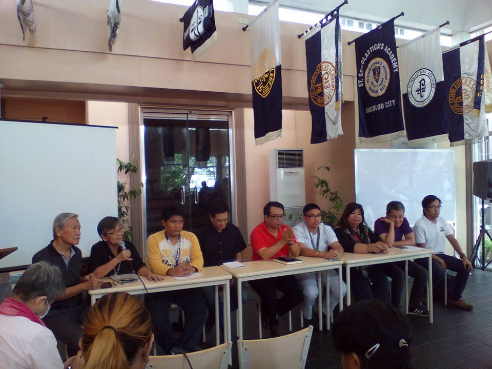 At the Nov. 23 media briefing on the Luneta Park protest for Nov. 25: (L-R) Satur Ocampo, president of Makabayan Coalition, Edita Burgos, widow of press freedom icon Joe Burgos, John Timothy Rivero, editor-in-chief of The Torch-PNU, Quezon Rep. Erin Tañada, former Bayan Muna Rep. Neri Colmenares of Carmma, Leonard Javier, chairperson of UP Medicine Student Council, and satirist Mae Paner, Bayan secretary general Renato Reyes Jr., and UP Diliman USC chairperson Bryle Leaño (Photo by Mon Ramirez/Arkibong Bayan)