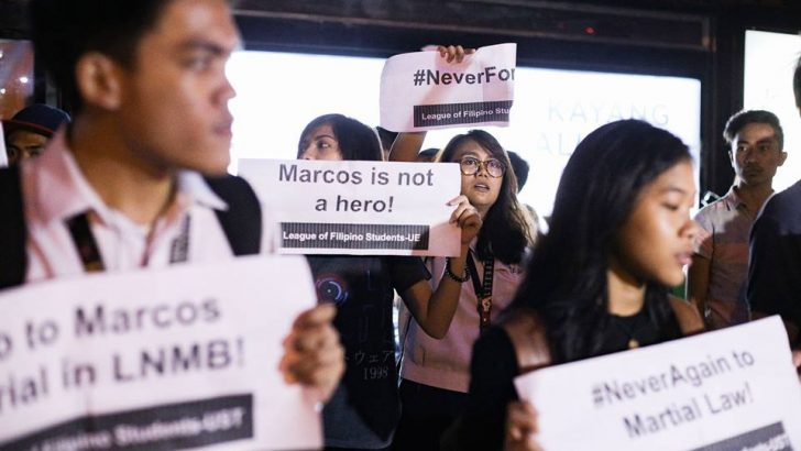 Youths rage vs. Marcos burial in heroes' cemetery