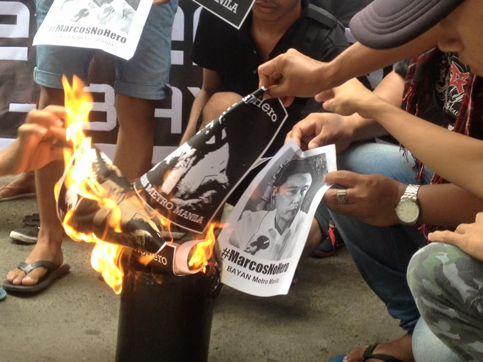 BURN. Protesters in Monumento. Caloocan City burn Marcos's image (Photo courtesy of Kathy Yamzon)