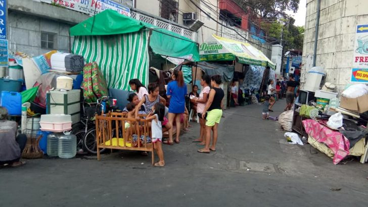 300 families in Pasay lose homes amid COVID-19 pandemic